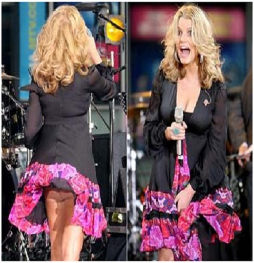 Jessica Simpson Has Wardrobe Malfunctions Images & Pictures - Findpik